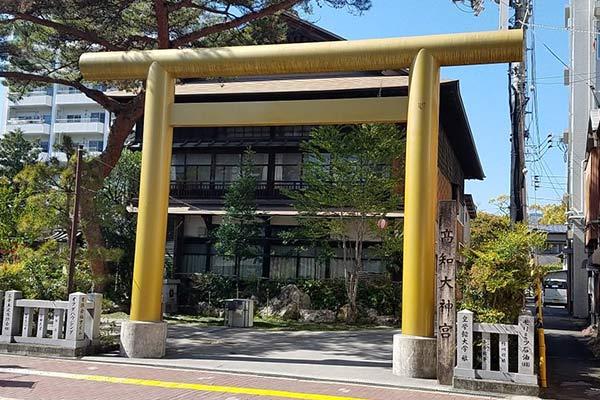 よさこい稲荷神社2